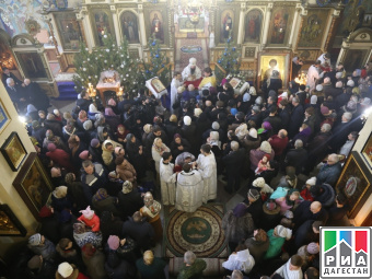 В Махачкале в день Рождества Христова прошло праздничное богослужение