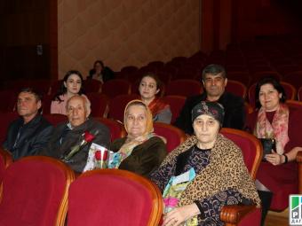 Около 30 махачкалинцев стали участниками акции «Автобус добра» в Дагестане