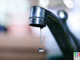Ситуацию с почасовой подачей воды в Буйнакске Владимир Васильев назвал недопустимой