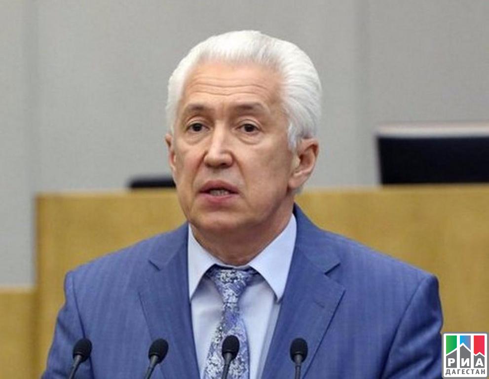 Путин сократил руководителя Республики Дагестан— Чистка губернаторов продолжается