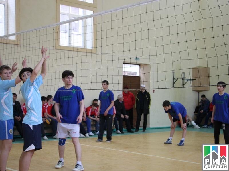 Зональные соревнования по волейболу среди юношей и девушек прошли в хунзахском районе