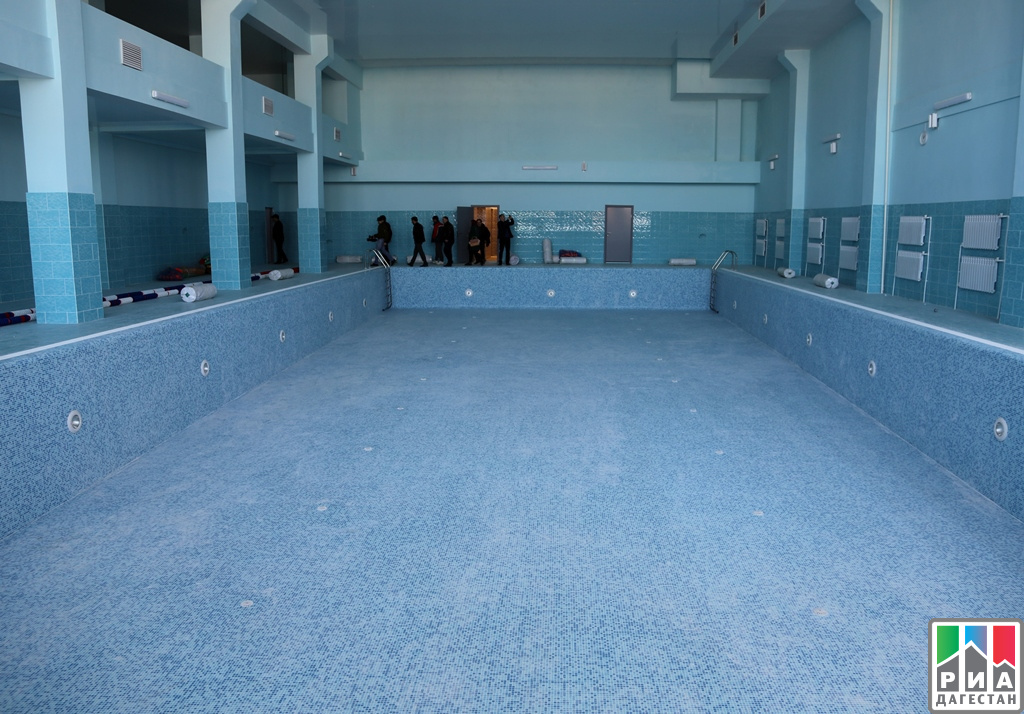 Абдусамад Гамидов осмотрел новейшую школу вКаспийске