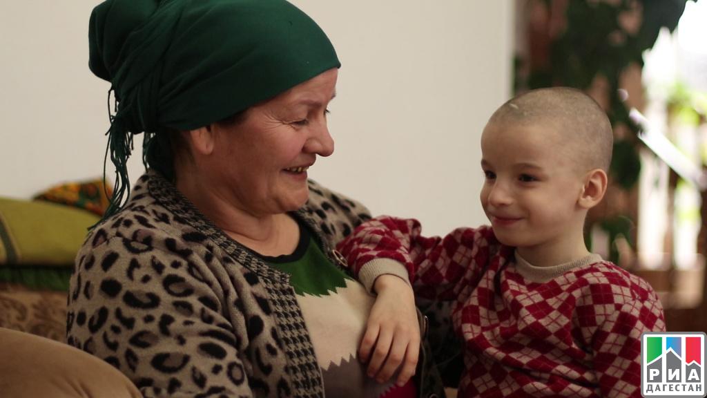 Махачкалинка Мадинат Шахбулатова усыновила еще четверых детей