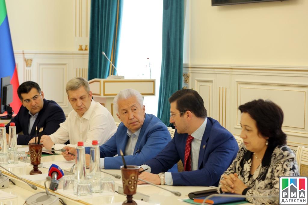 ДАГЕСТАН. Дагестанские бизнесмены из Москвы и Петербурга будут участвовать в ремонте школ республики