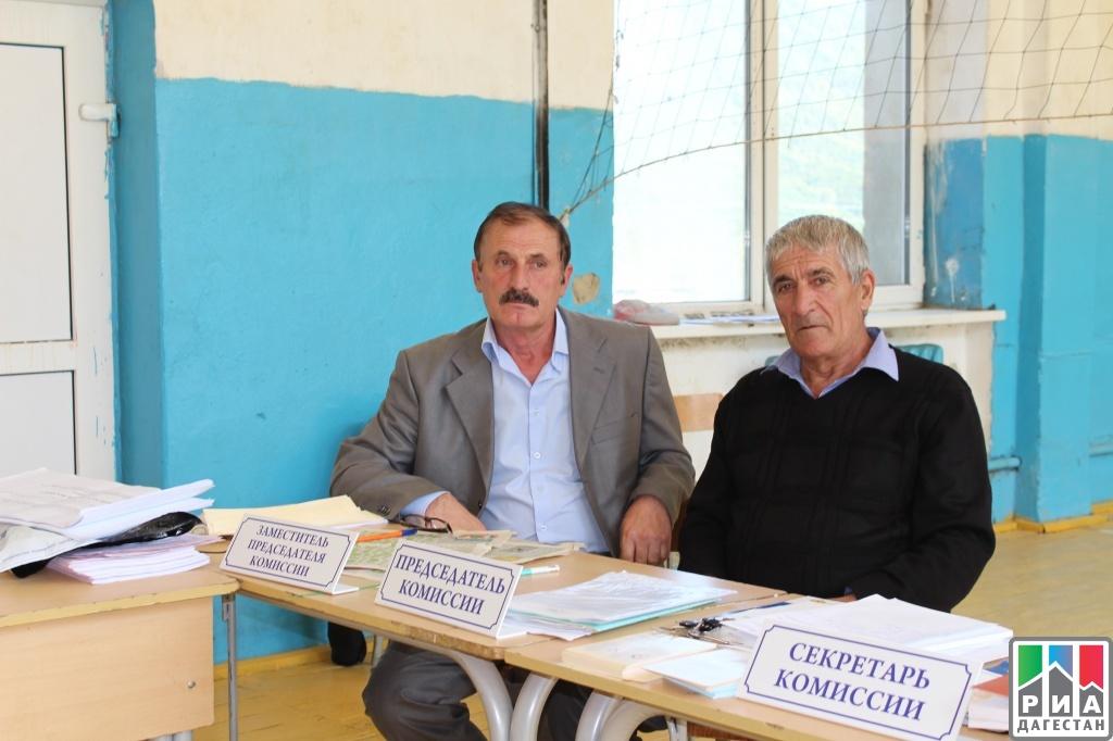 Вице-премьер руководства Республики Дагестан Раюдин Юсуфов принял участие ввыборах
