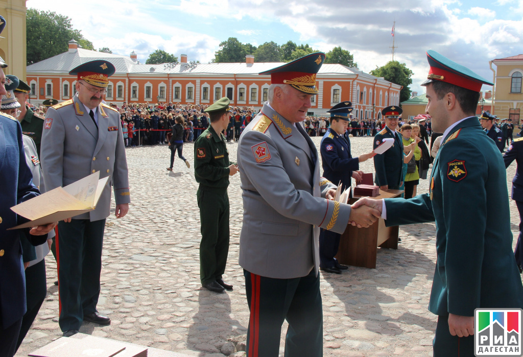 РИА Дагестан Двадцать дагестанцев получили дипломы Военно  Двадцать дагестанцев получили дипломы Военно медицинской академии в Санкт Петербурге