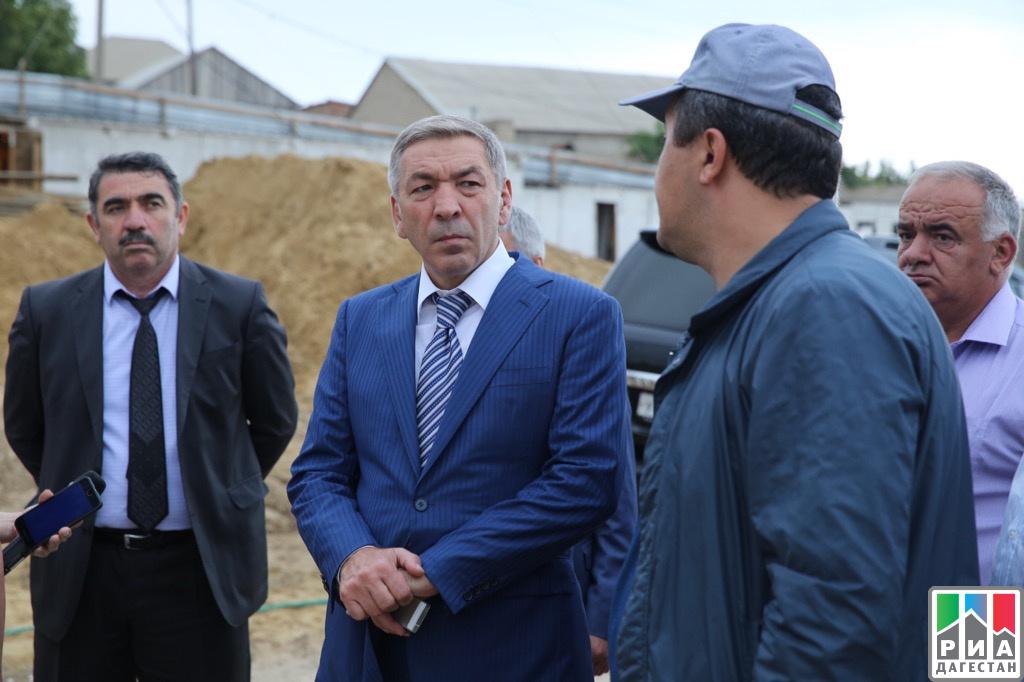Абдусамад Гамидов проинспектировал ход возведения школы вМахачкале