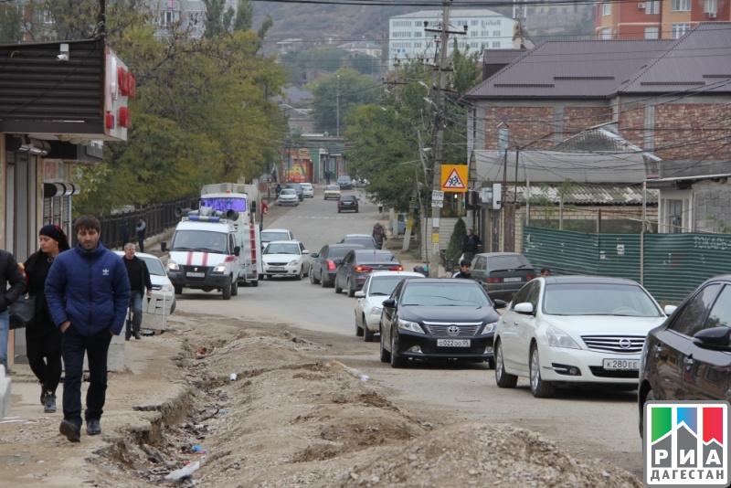Неменее 430 человек вынуждены прибегнуть кпомощи медиков вМахачкале после отравления водой