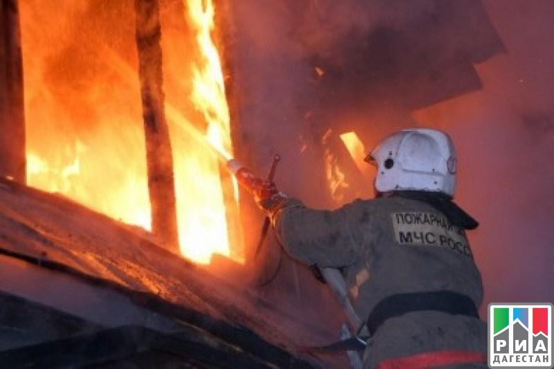 ВДагестане навсе 100%  сгорело строение  сельской школы