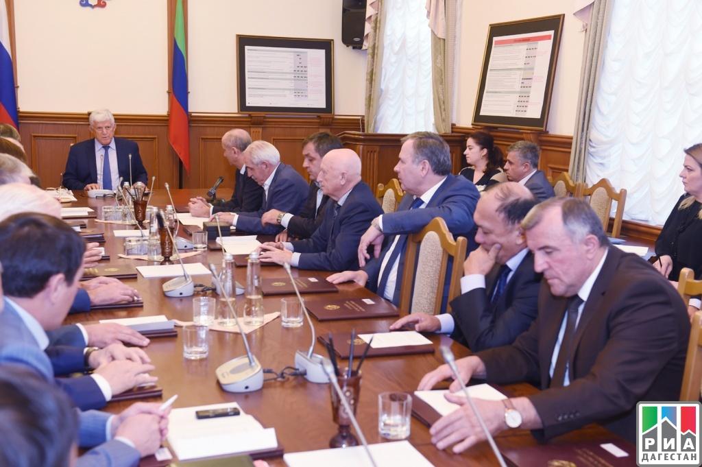 Народное собрание Дагестана вновь возглавил Хизри Шихсаидов