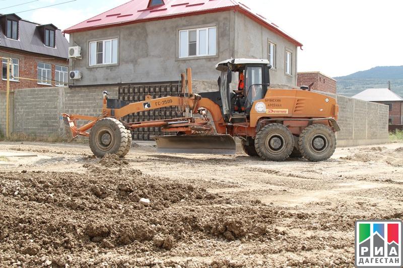 Дагавтодор продолжает ремонт дорог врамках проекта «Безопасные икачественные дороги»