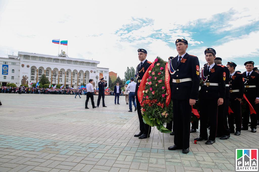 ВМахачкале прошел митинг вчесть Дня Победы