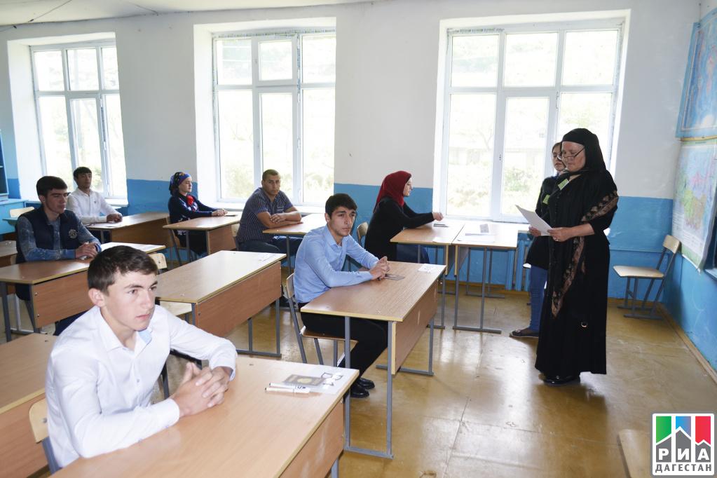 Устную часть ЕГЭ по заграничным языкам сдают вологодские выпускники