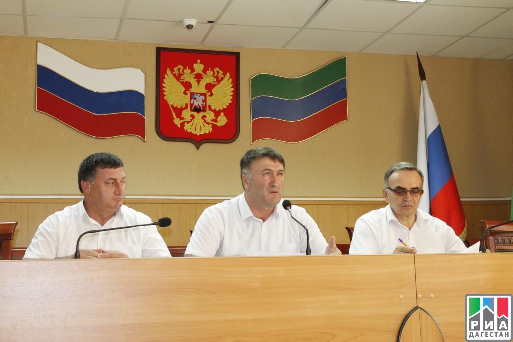 Торжественное собрание актива ко Дню единства народов Дагестана состоялось в Хасавюртовском районе