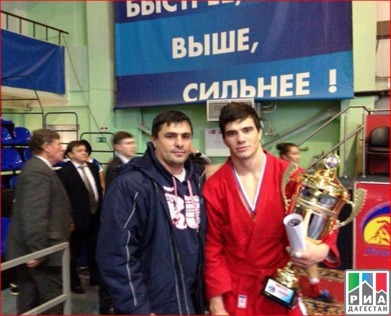Брянские самбисты завоевали три «бронзы» начемпионате РФ вЕкатеринбурге