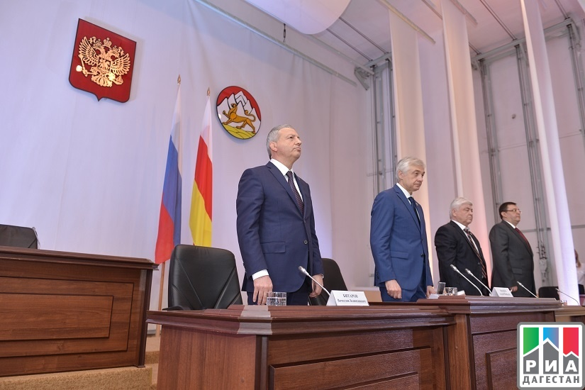 Парламент Северной Осетии выбрал главой республики Вячеслава Битарова