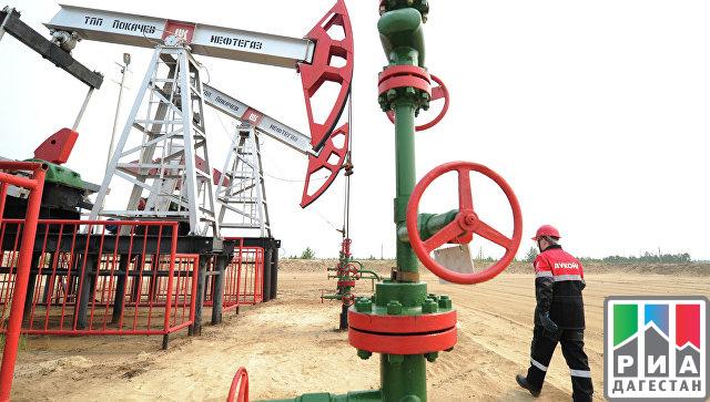 Новак сказал осокращении добычи нефти на 100 000 баррелей всутки