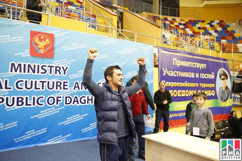 Всероссийский турнир побоевому самбо вКаспийске определит сильнейших бойцов