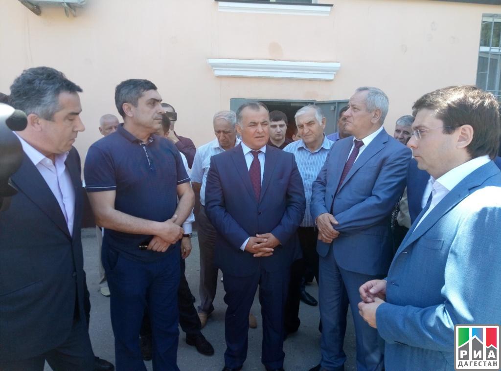 С результатами проведения полноценного ремонта вдомах Каспийска ознакомился Андрей Чибис