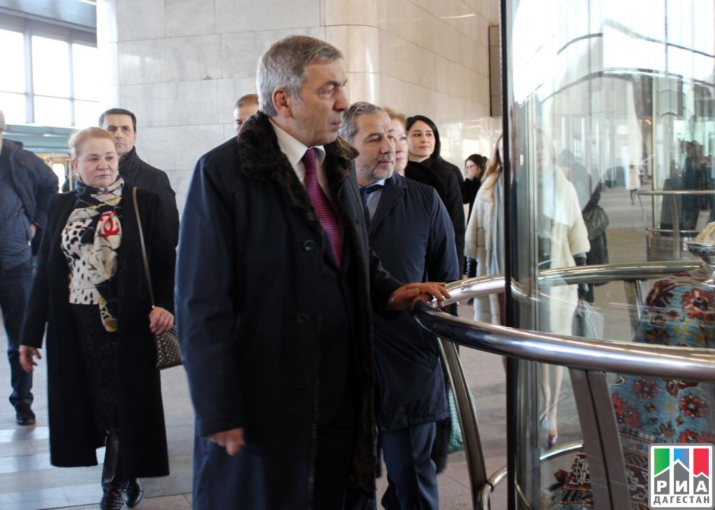 Пассажиры московского метро познакомятся схудожественными промыслами Республики Дагестан