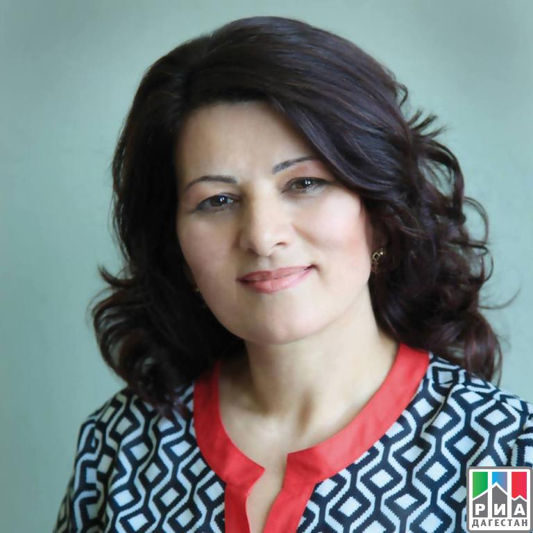 Табасаранская поэтесса одолела в особой категории интернационального конкурса вИталии