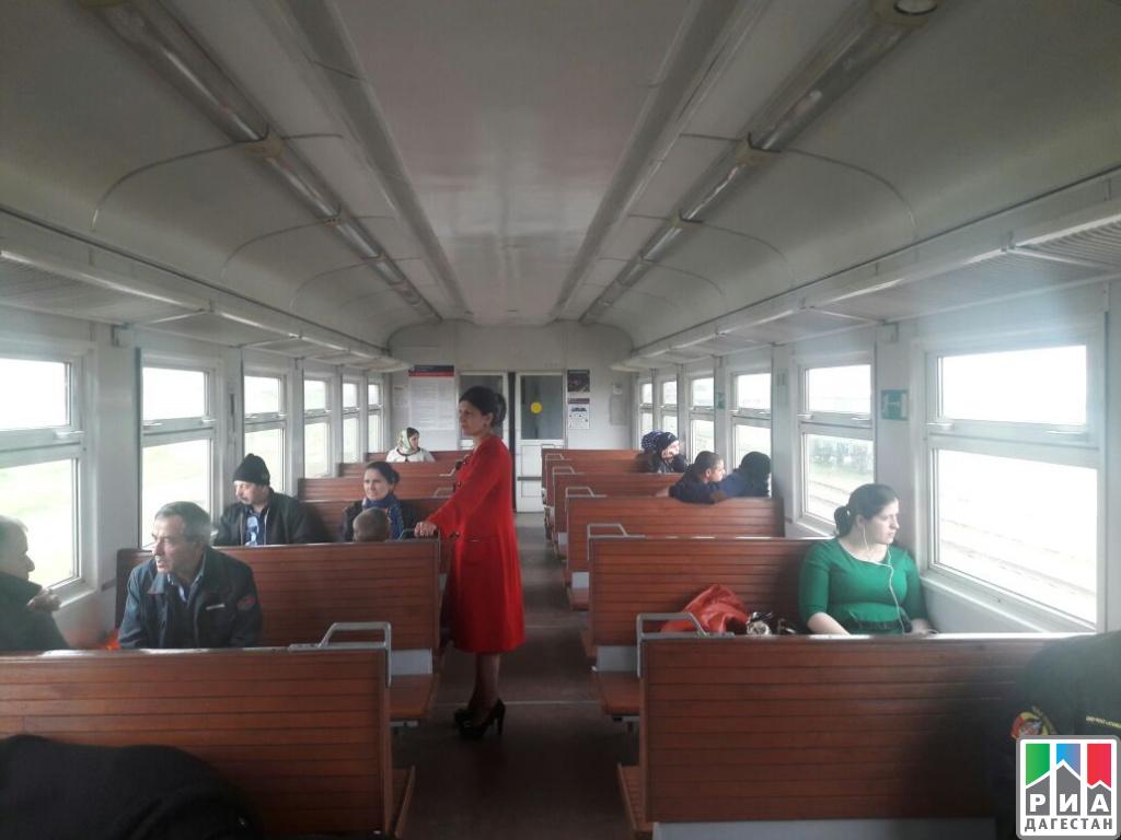 Межведомственная группа провела обследование пассажиропотока впригородных поездах