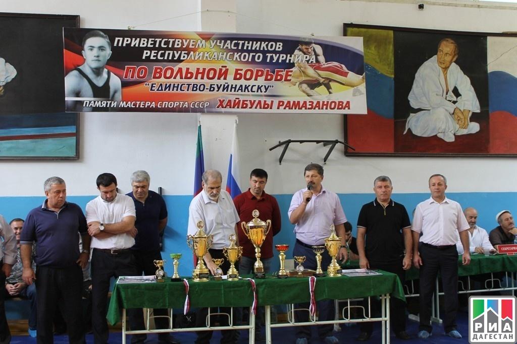 Хайбула рамазанов турнир по вольной борьбе фото