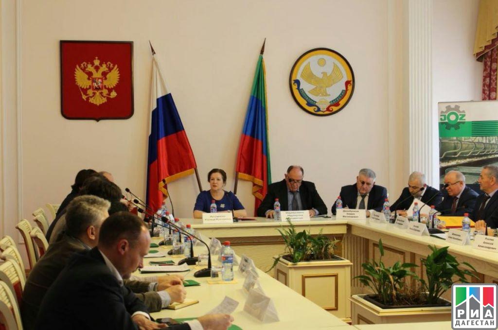 2-х дагестанских чиновников подозревают вполучении взятки, проинформировал источник
