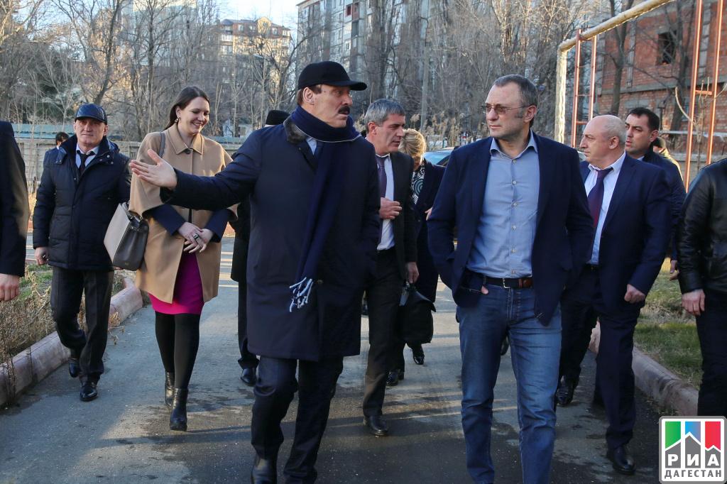 Рамазан Абдулатипов иСулейман Керимов посетили ряд образовательных учреждений Дагестана