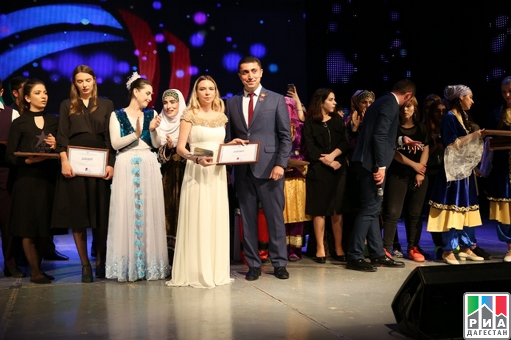 ВМахачкале фестиваль «Студенческая весна» закончился гала-концертом