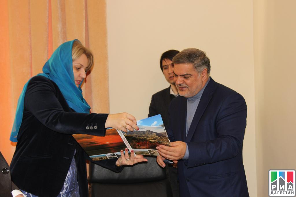 ВМинистерстве по государственной политикеРД прошла встреча сиранской делегацией