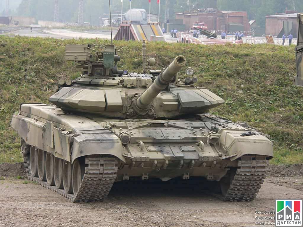 Навыки стрельбы способом «танковой карусели» отработали вЮВО