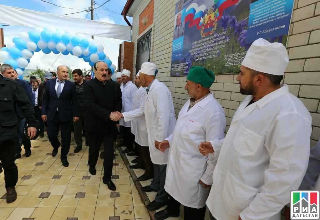 Рамазан Абдулатипов посетил туберкулезную больницу