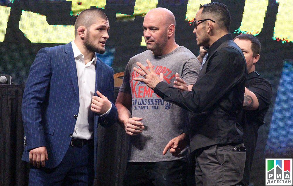 Руководитель UFC Дана Уайт назвал причины, почему Нурмагомедов несразится сФергюсоном