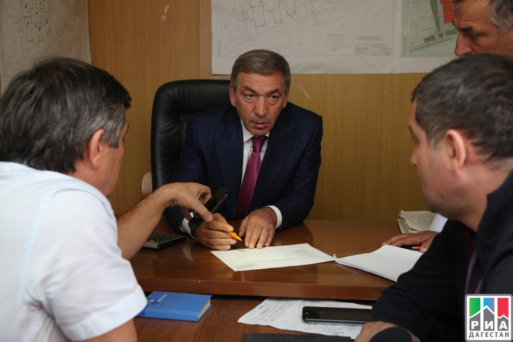 Абдусамад Гамидов проверил ход возведения школы вМахачкале
