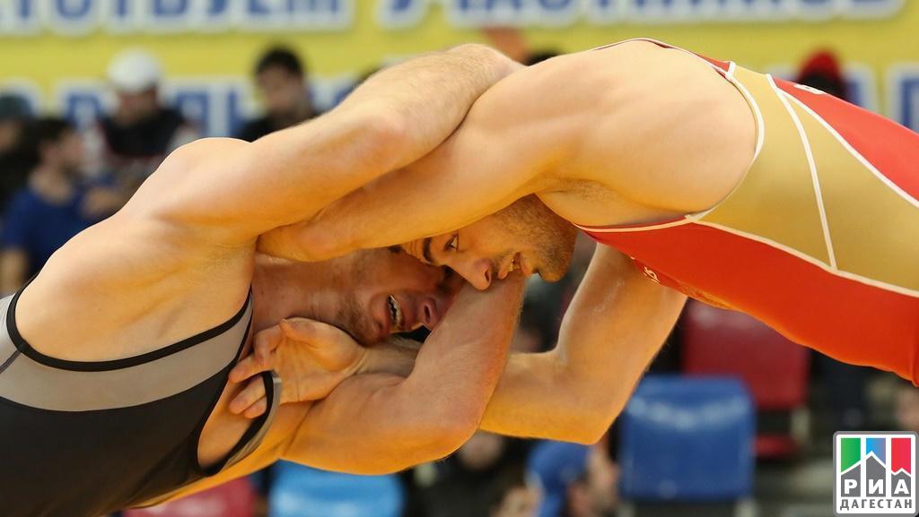 Русские борцы Мухиддин-Заде иМагомедов стали чемпионами Европы среди юниоров