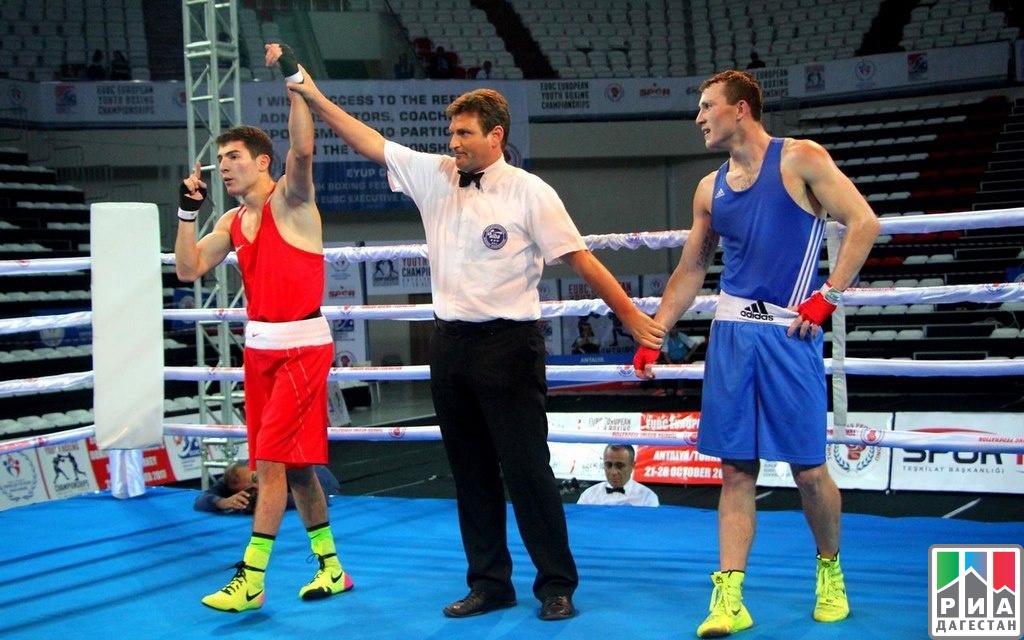 Осман Алиев завоевал серебро напервенстве Европы побоксу среди юниоров