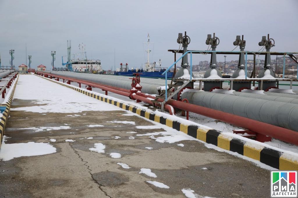 Встолице Дагестана Одес Байсултанов обсудил перспективы развития Махачкалинского порта