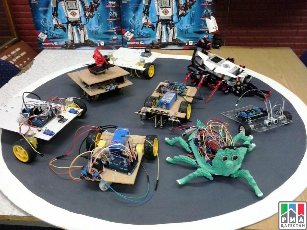 Встолице Дагестана прошел 1-ый открытый фестиваль робототехники «РобоИгры»