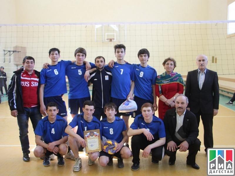 Открытый турнир по волейболу среди команд юношей и девушек