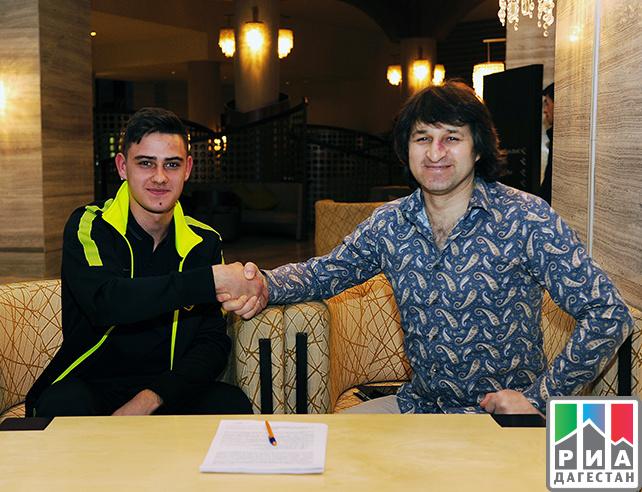 «Анжи» подписал договор с17-летним вратарём, доэтого заявленным заЦСКА