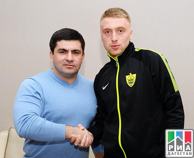 Брызгалов подписал годичный договор с«Анжи»