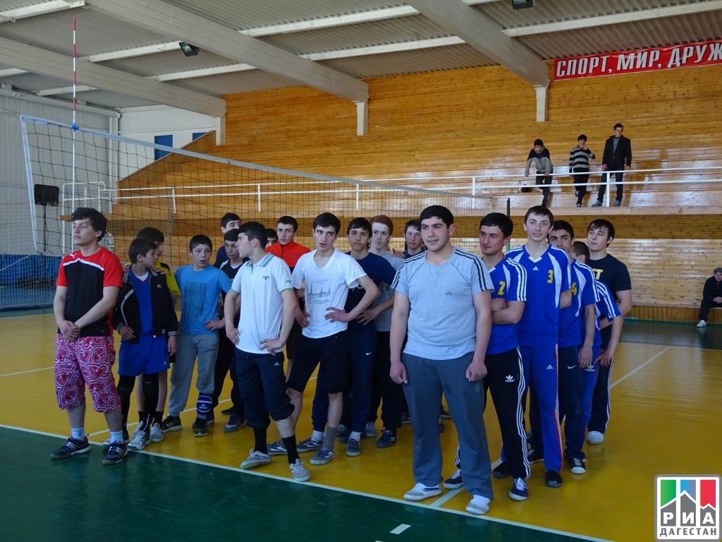 В первенстве республики дагестан по волейболу среди юношей 1999 гр и моложе, проходившем в г махачкале 25-27 марта