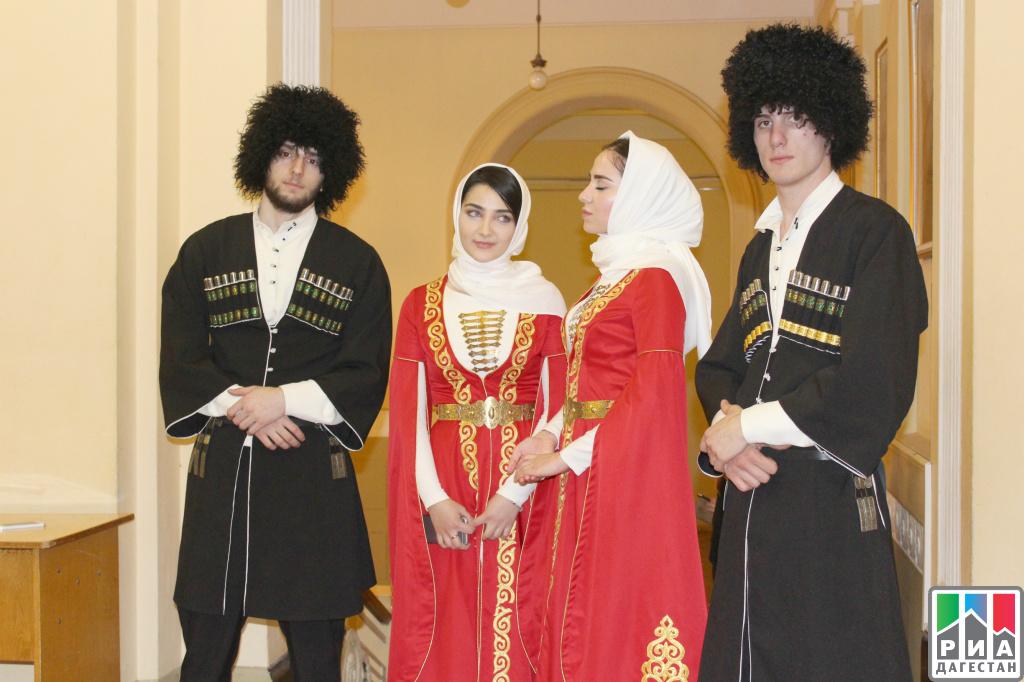 Дагестанский национальный костюм фото
