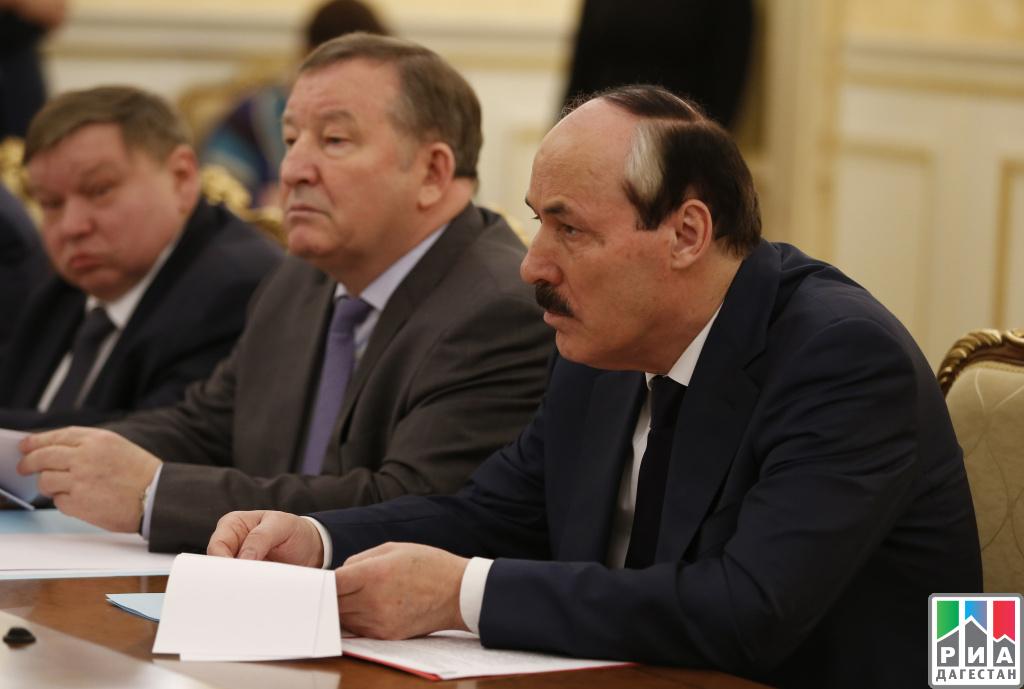Господдержка регионов в предстоящем году возрастет на9% — Д. Медведев