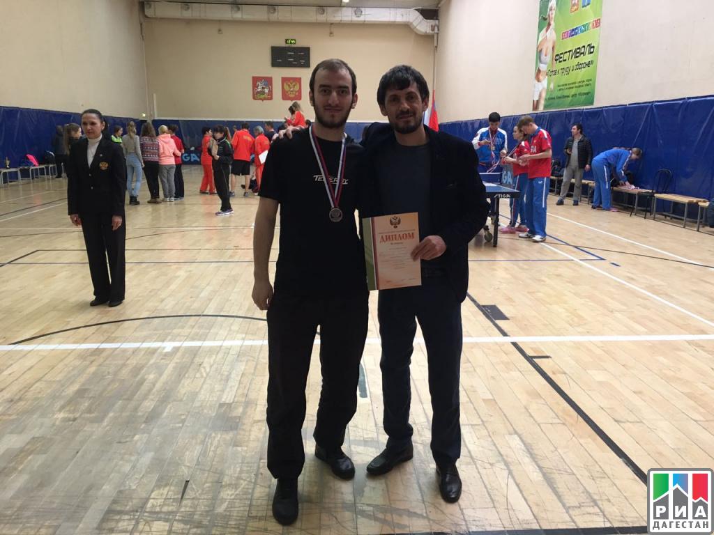 Спортсмен изДагестана завоевал бронзовую медаль начемпионате РФ понастольному теннису