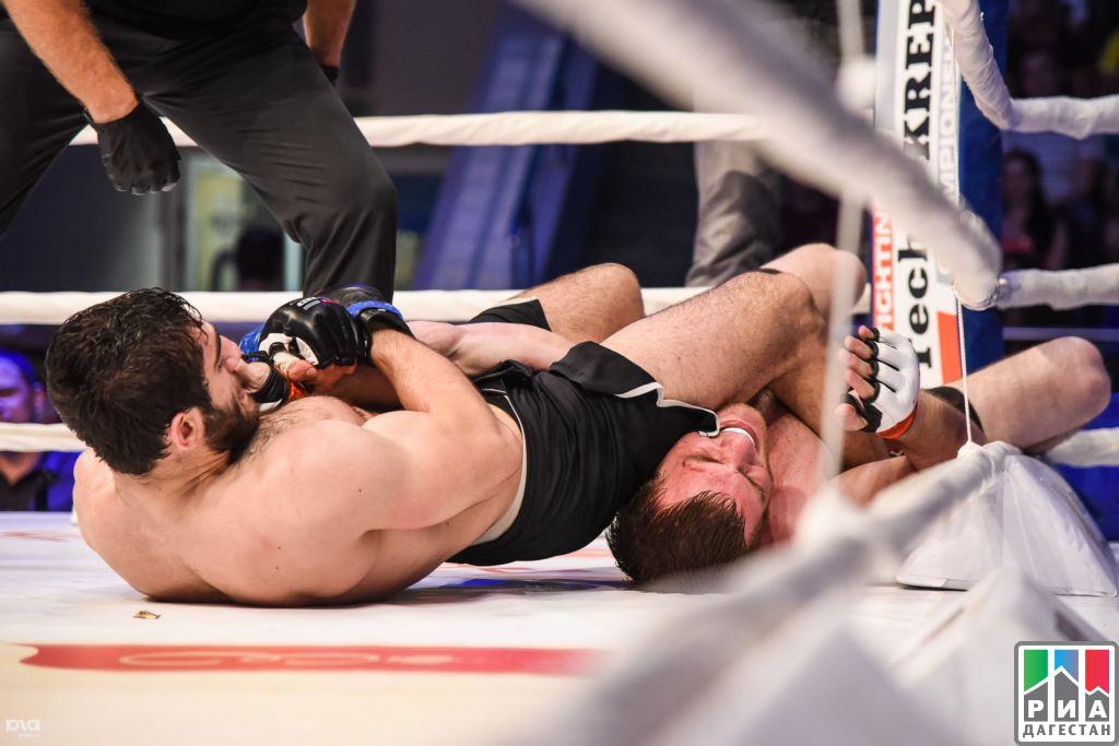 Абдулманап Магомедов выиграл открытый чемпионат Азии по ММА