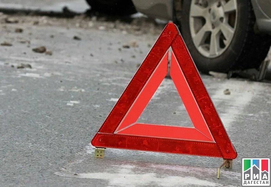 ВДагестане вДТП «девятки» с фургоном погибли три человека