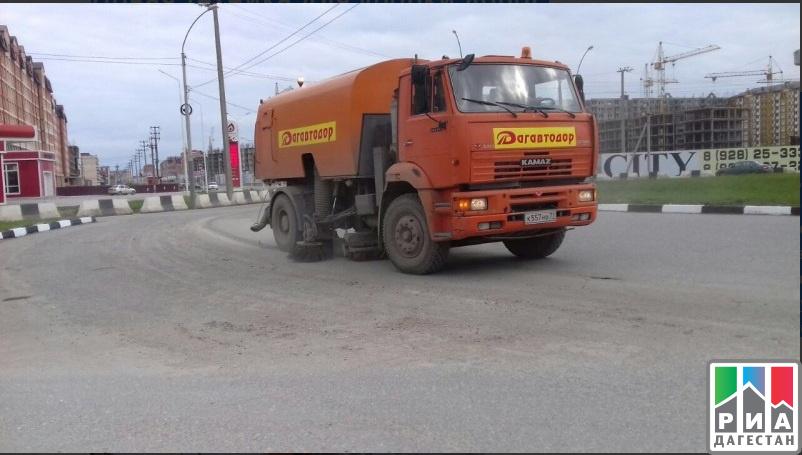 ВДагестан доставили специализированную технику для поддержания порядка на трассах