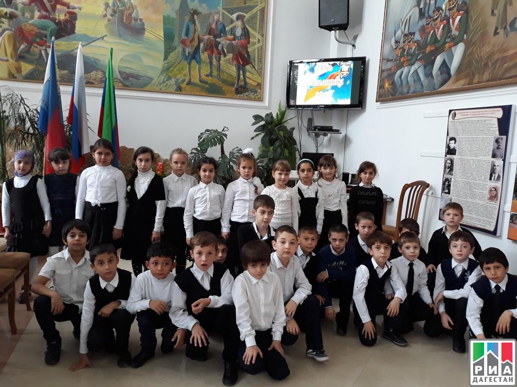 ВКизляре подчеркнули Всероссийский день призывника